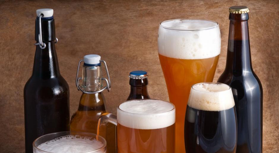 Nie mogli sprzedać piwa, więc je rozdali. Tysiące litrów