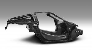 Szkieletowy debiut McLarena