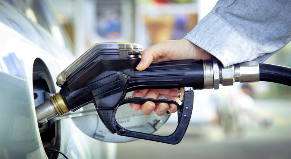 Koszty wyższej opłaty paliwowej dotkną nie tylko kierowców