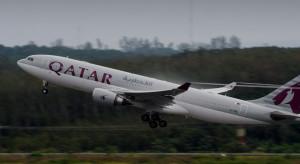 Qatar Airlines apelują do pasażerów o pozostawanie w domach