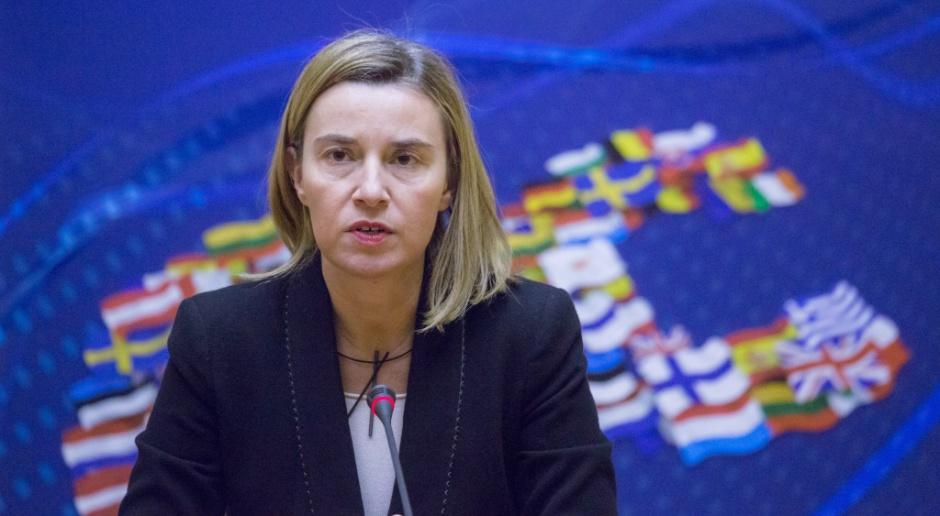 UE deklaruje, że nie nałoży ponownie sankcji na Iran
