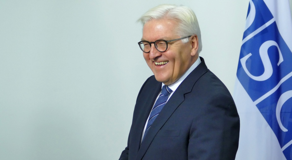 """Nowy prezydent Niemiec - """"anty-Trump"""" z niemieckiej prowincji"""