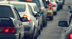 Rząd przyspiesza wejście w życie przepisów o ewidencji pojazdów