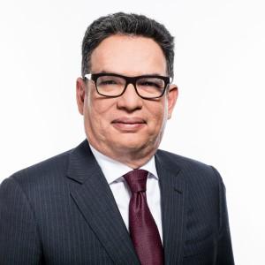 Carlos E. Piñerúa