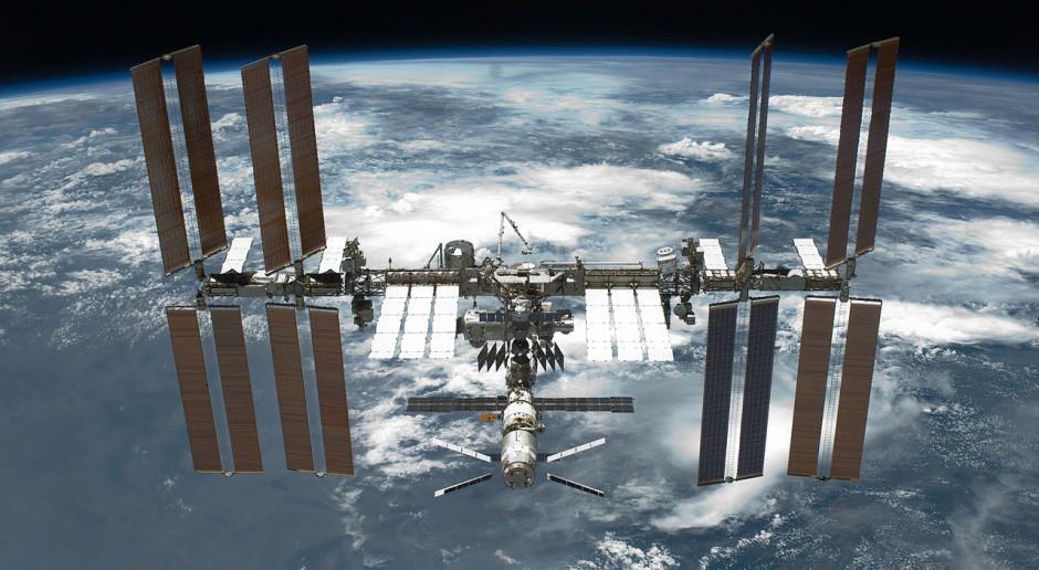 Statek kosmiczny Sojuz MS-04 zmierza ku ISS