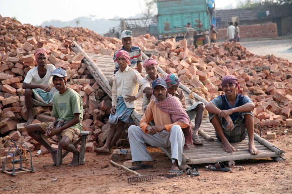 Na rynek pracy napływają dziesiątki milionów nowych pracowników rocznie. Fot. Shuttersrock.com