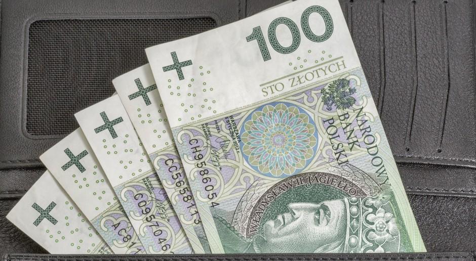Rośnie zatrudnienie, średnia pensja to już 4,5 tys. zł - GUS podał dane za lipiec