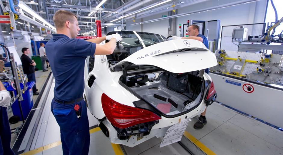 Mercedes rozpoczął wznawianie produkcji na Węgrzech