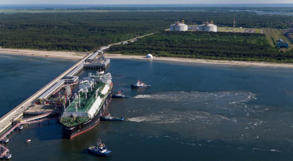 Polska potrzebowałaby floty 11-20 gazowców, by samodzielnie importować gaz LNG