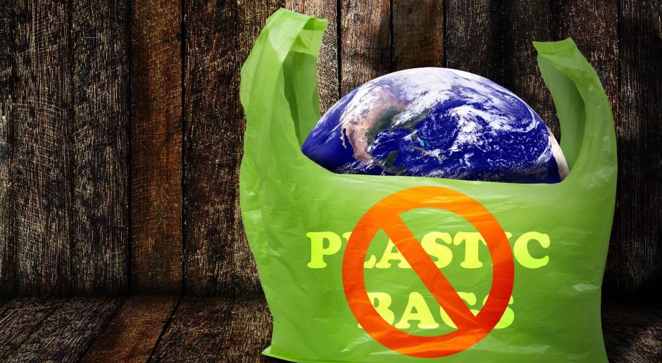 Starsi Polacy bardziej troszczą się o ekologię