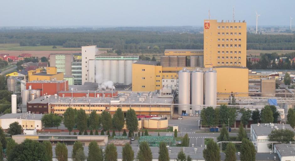 Carlsberg ogranicza emisje CO2 i stawia na energię z OZE