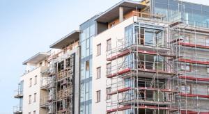 Eksperci: rynek mieszkaniowy kurczy się, bo brakuje wsparcia finansowego państwa