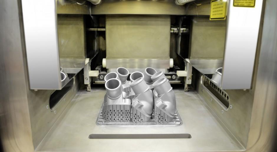 Mercedes drukuje metalowe części do ciężarówek
