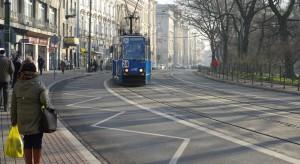Sprzedawcy węgla kontra alarm smogowy - spór o powietrze w Krakowie.