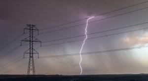 Uderzenie pioruna pozbawiło prądu milion gospodarstw domowych