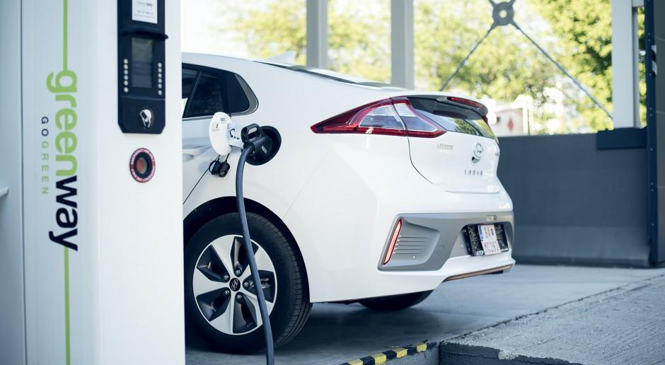 Greenway mocno zwiększył ilość ładowarek do samochodów elektrycznych