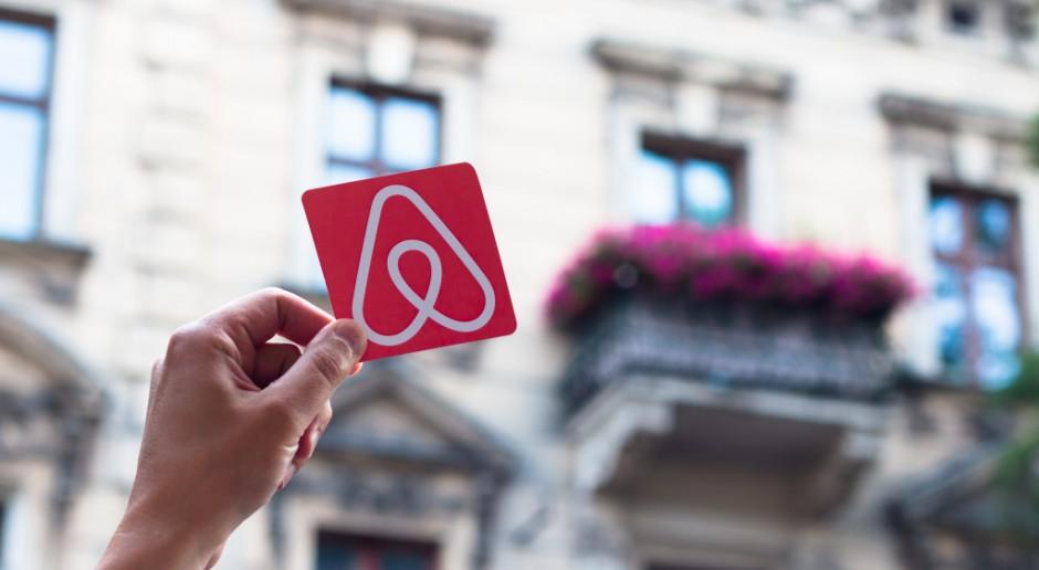 Airbnb wdraża oszczędności. Ucierpią pracownicy i stażyści