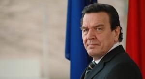 Schroeder krytykuje Polskę