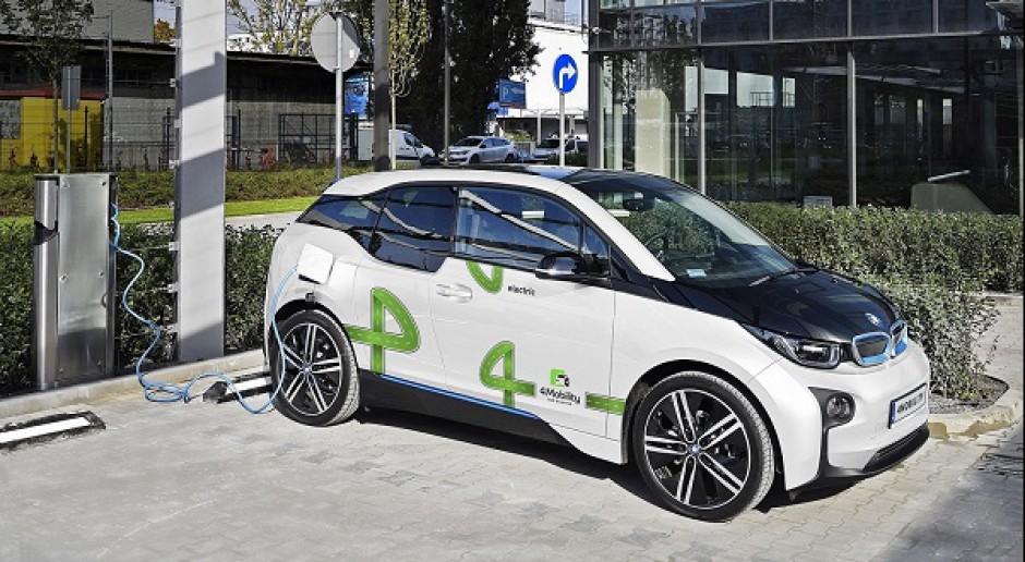 W Warszawie pierwsze auta elektryczne na minuty