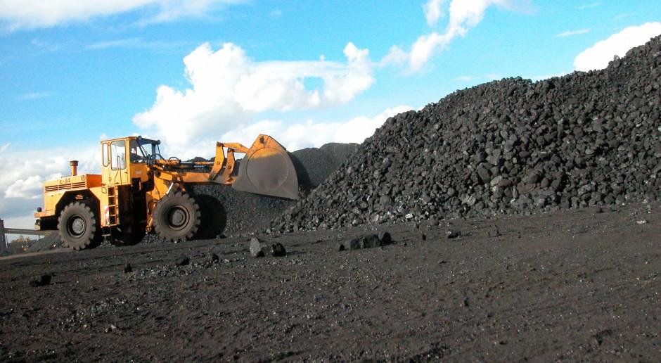 Odejście od węgla to drastyczną zapaść gospodarki i koniec prądu w gniazdkach