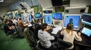 Wyszkolenia kontrolera ruchu lotniczego to nawet ćwierć miliona euro