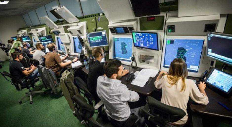 PAŻP: Liczba kontrolerów na lotniskach w pandemii - bezpieczna i zgodna z przepisami
