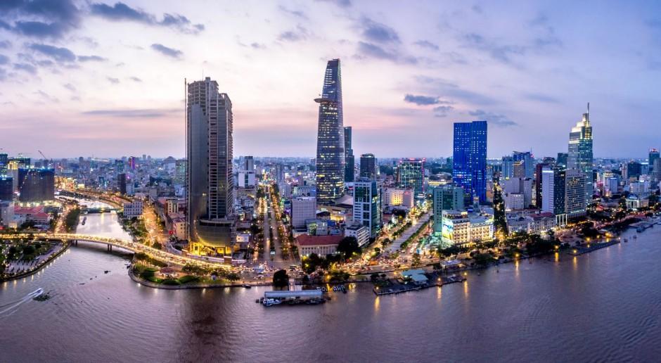W. Brytania i Wietnam podpisały umowę o wolnym handlu