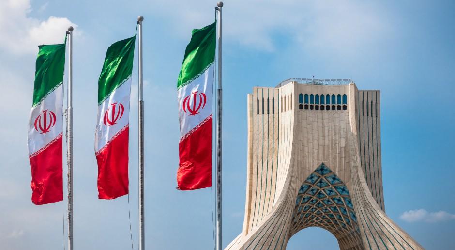 Chiny nawołują do utrzymania umowy nuklearnej z Iranem