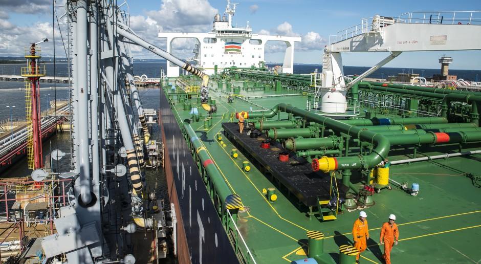 Polska i kraje regionu kupują mniej rosyjskiej ropy