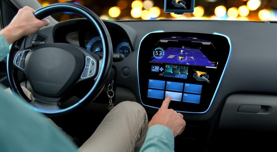 Samochody połączone wspólnym projektem PSA i Huawei