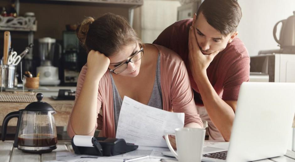 Ze spłatą długów nie radzi sobie 30 proc. zadłużonych