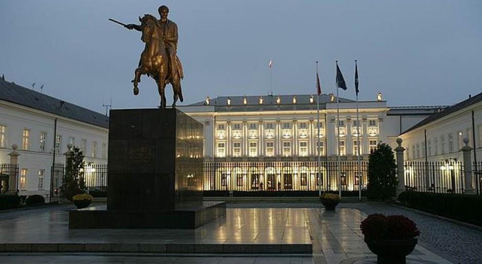 """""""Dęta"""" sprawa? SKW pyta gen. Jarosława Kraszewskiego o Ukrainę i wódkę"""