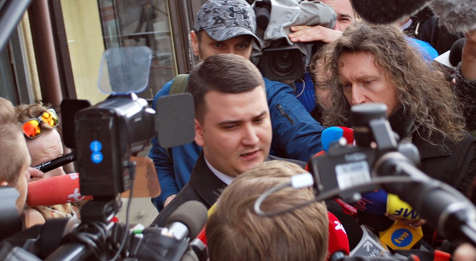 Misiewicz uniknie kary za nieplanowane wydatki w MON