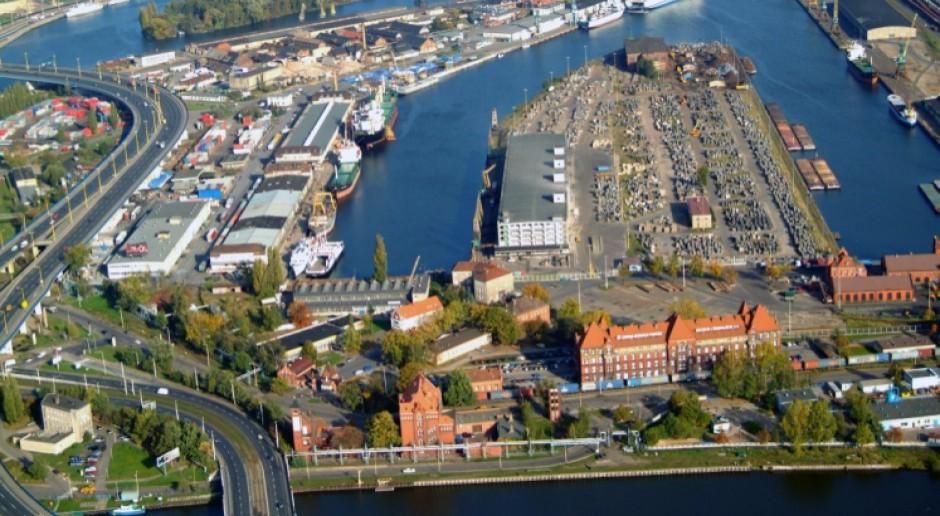 Podpisano umowę na pogłębienie toru wodnego Świnoujście-Szczecin