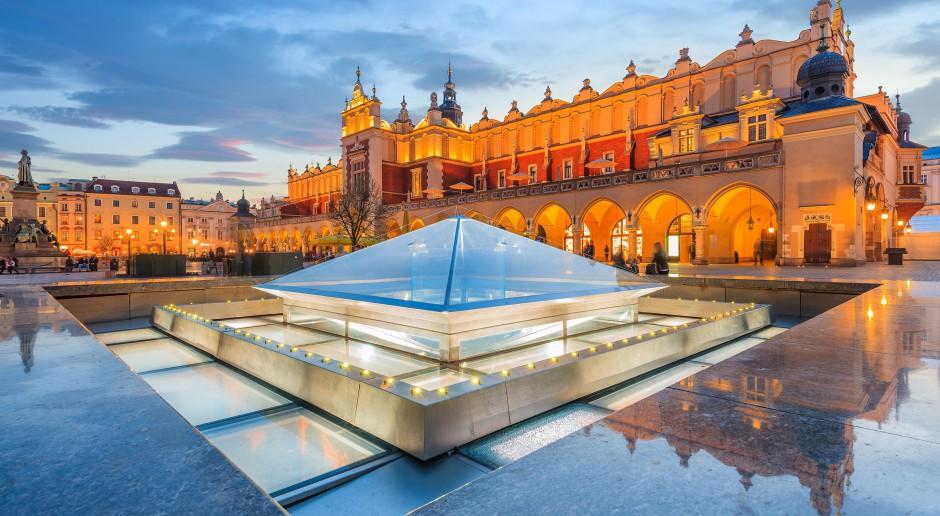Liczba turystów odwiedzających Polskę szybko rośnie
