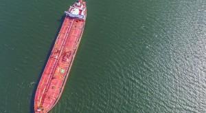 Migranci uprowadzili tankowiec. Do akcji musiała wkroczyć marynarka wojenna