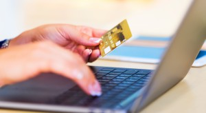 Sprzedaż przez internet coraz popularniejsza