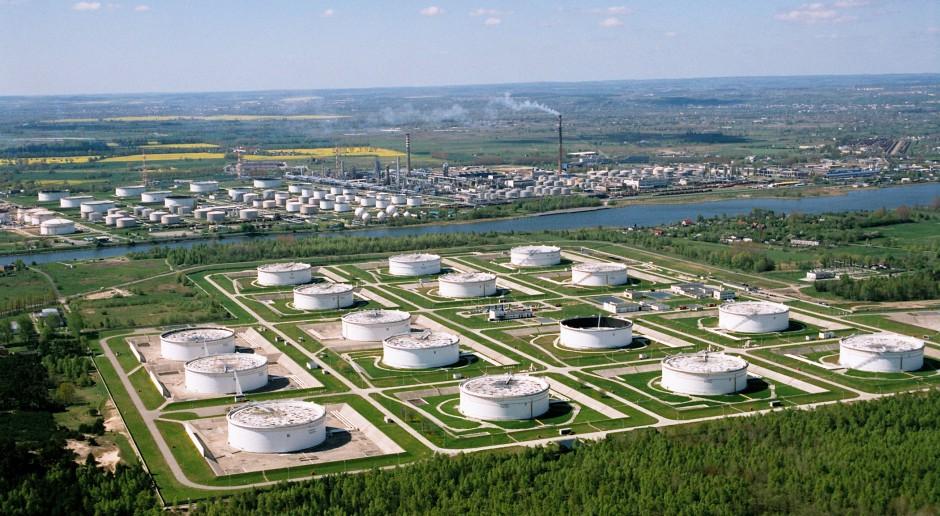 Kontekst i konsekwencje zanieczyszczenia rosyjskiej ropy w systemie Drużba
