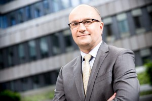 Schneider Electric podniósł sobie klimatyczną poprzeczkę