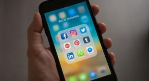 Facebook i Twitter usunęły kilkaset powiązanych z Rosją kont