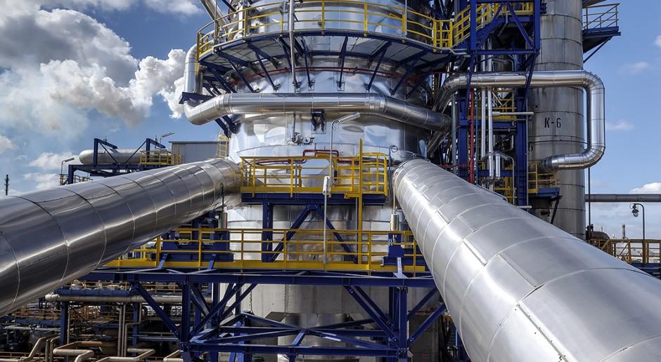 Rafinerie wciąż nie zarabiają na przerobie ropy