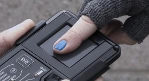 Płatności elektroniczne: Polacy jednak nie boją się biometrii