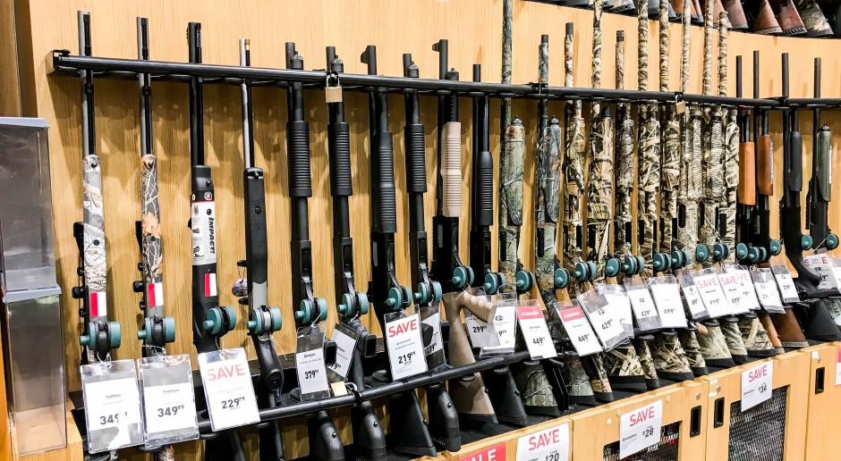 Sprzedaż broni palnej w USA bije rekordy