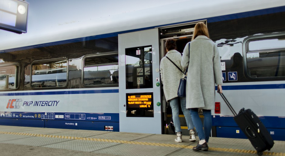 PKP Intercity znacznie zwiększyło liczbę pasażerów w okresie świątecznym