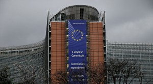 Komisja Europejska alarmuje w sprawie unii bankowej