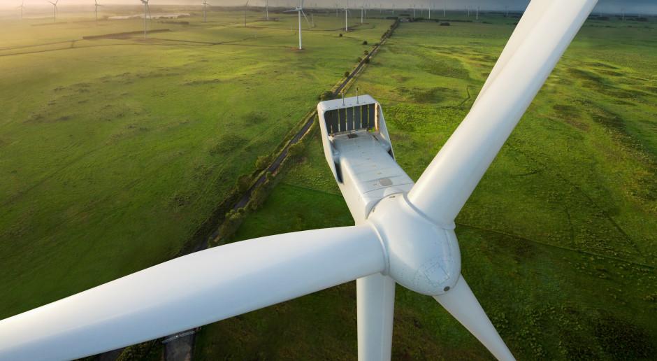 Erbud z kontraktem na budowę farmy wiatrowej dla szwedzkiej spółki