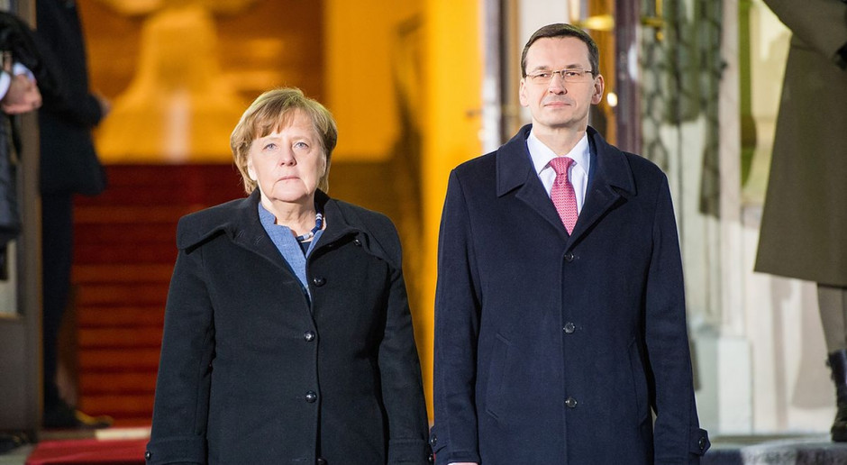 Morawiecki i Merkel: powinniśmy zapobiec twardemu brexitowi
