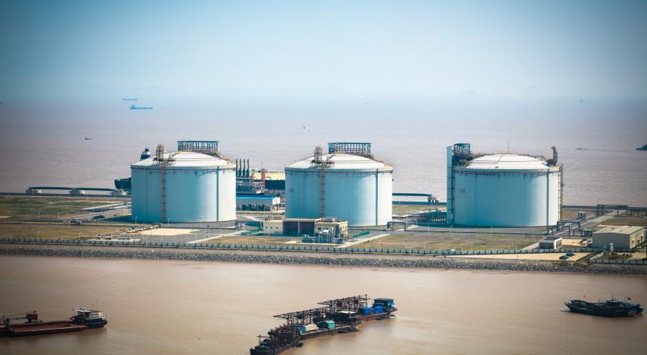 Chiny chcą nałożyć cła na fenol z USA i Europy
