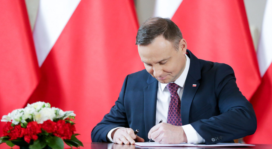 Ustawa okołobudżetowa z podpisem prezydenta