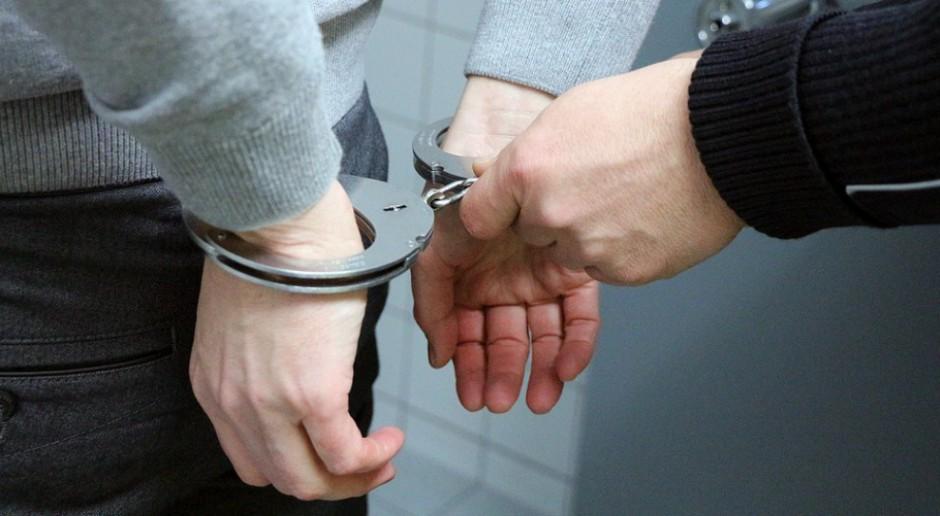 Trzy osoby z zarzutami za tzw. zbrodnie VAT-owskie